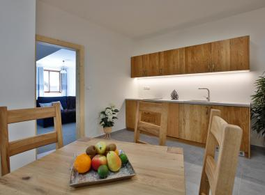 sections/December2019/gothal-ubytovanie-na-liptove-penzion-apartman-de-luxe-7-1Cn.jpg