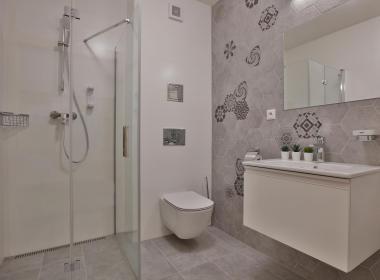 sections/December2019/gothal-ubytovanie-na-liptove-penzion-izba-kupelna-dUR.jpg