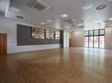sections/July2020/gothal-kongresove-centrum-tis-foyer-tanecny-parket-Bfa.jpg