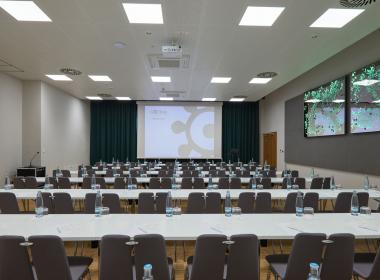 sections/July2020/gothal-kongresove-centrum-tis-zasadacka-1-konferencie-8YY.jpg