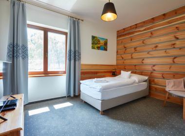 sections/July2020/gothal-ubytovanie-na-liptove-penzion-borovica-izba-triple-2-WKN.jpg