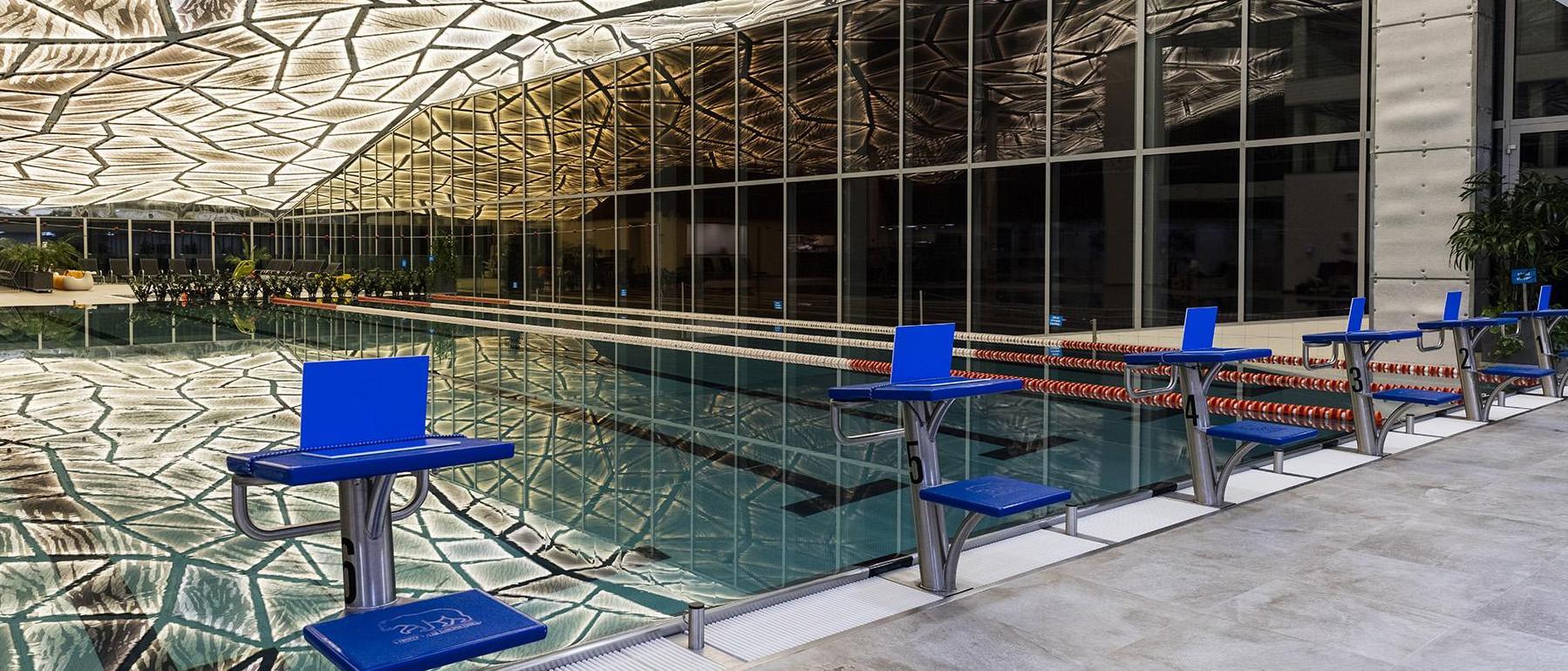 Plavecký bazén v rezorte Gothal