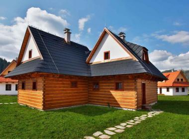 sections/May2018/gothal-liptovska-osada-chalupy-na-liptove-dvojita-chalupa-wak.jpg