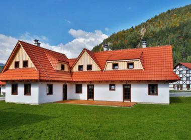 sections/May2018/gothal-liptovska-osada-chalupy-na-liptove-terasa-mOR.jpg