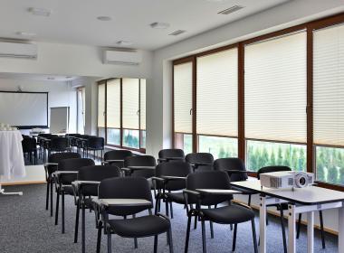 sections/October2018/gothal-ubytovanie-na-liptove-coachingova-miestnost-smrek-jRS.jpg